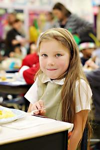 2011-11-22-DCS-1stGrade-Thanksgiving-020