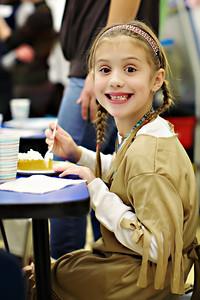 2011-11-22-DCS-1stGrade-Thanksgiving-030