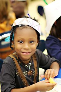2011-11-22-DCS-1stGrade-Thanksgiving-046