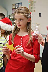 2013-12-20-DCS-3rdGrade-Christmas-44