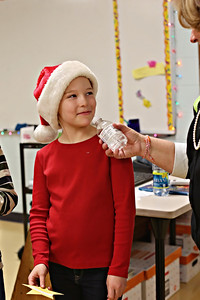 2013-12-20-DCS-3rdGrade-Christmas-37