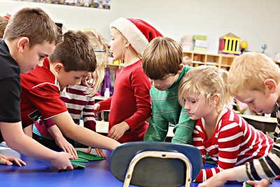 2013-12-20-DCS-3rdGrade-Christmas-33