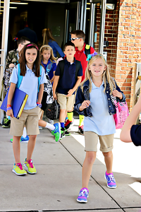 2013-08-15-FirstDayofSchool-20