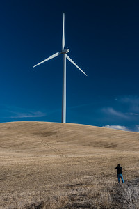 Photographer vs Turbine