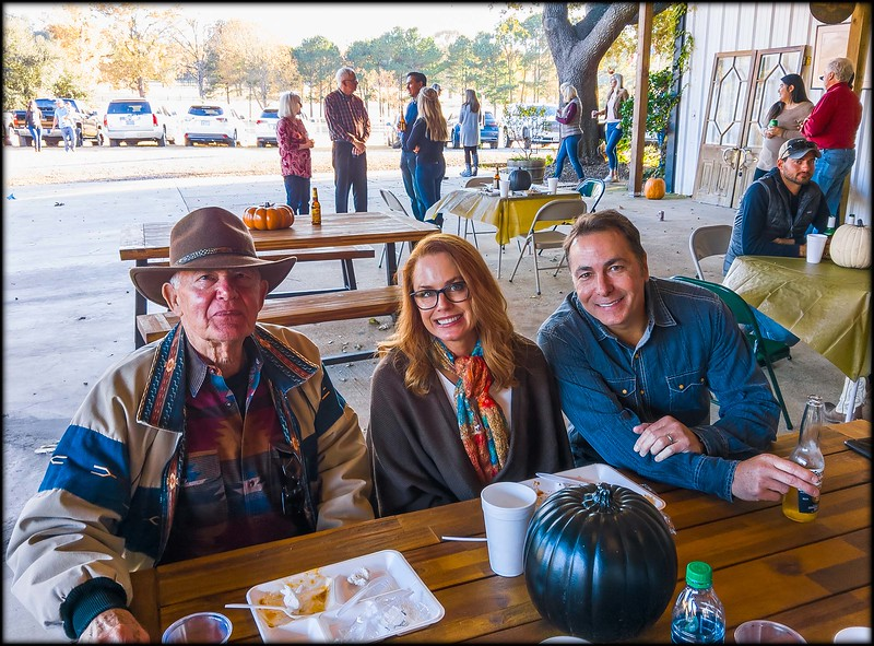 2018-11-23_CurleyBarnParty_057
