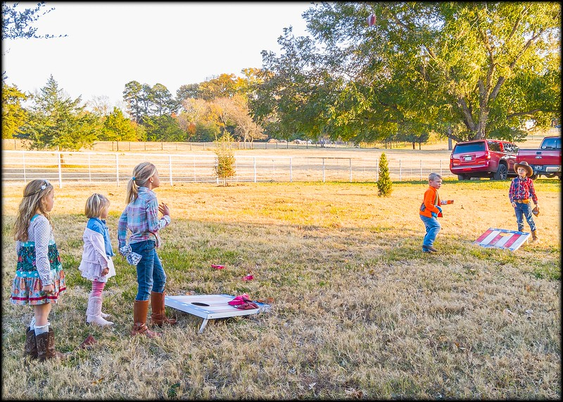 2018-11-23_CurleyBarnParty_041