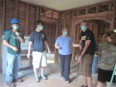 10 10-09  Congregations coming together to build and renovate houses. ky