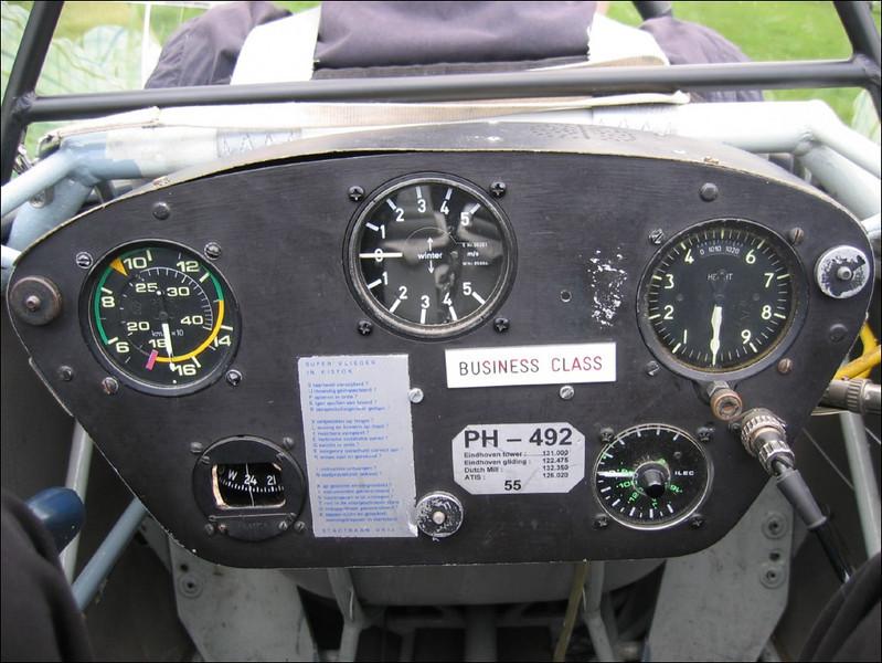 Glider instruments (Aeroclub Welschap Eindhoven)