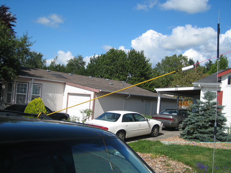 Using my truck as a temporary mount for one end of the dipole