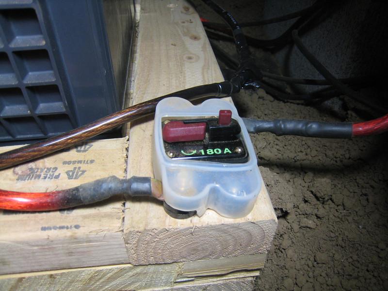 180A circuit breaker on battery bank