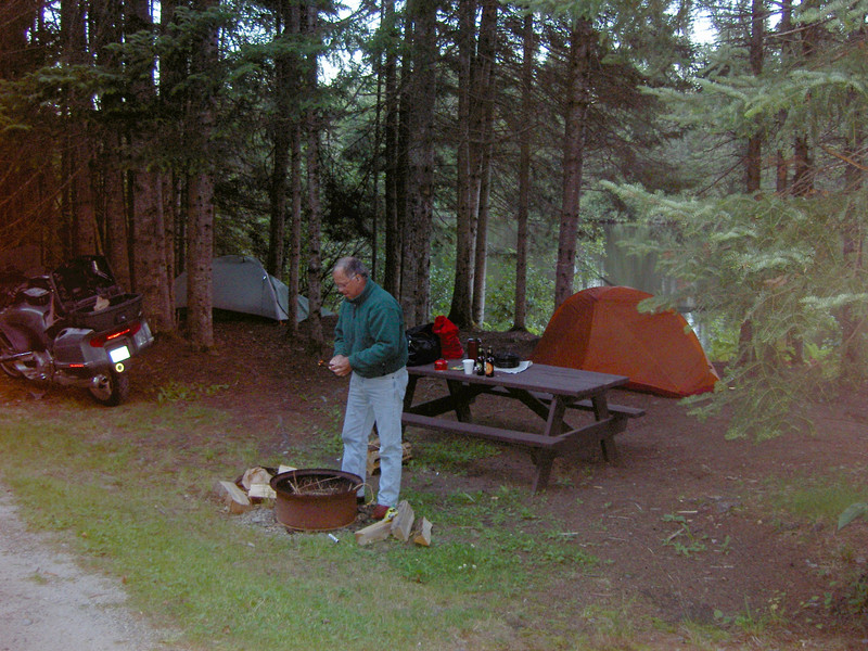 Arch camping at Mollidgewock in Errol