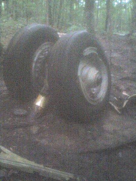Maine crash site landing gear