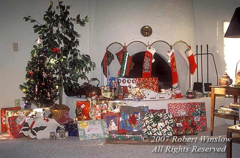 Christmas, Bee Hive Fireplace, Tucson, Arizona