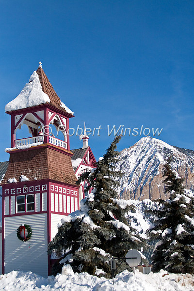 Union Congregational Church, United Church of Christ, Crested Butte Mountain, Winter, Holiday Season, Crested Butte, Colorado, USA, North America
