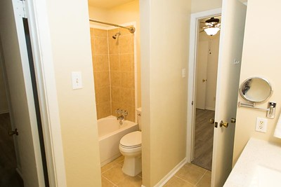 2nd Bathroom,
