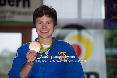 BuLi Frauen Großhadern Leipzig 2016 Laura Rio Medaille, Laura Vargas Koch_BT_NIKON D4_20160917__D4B0187