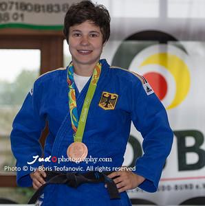 BuLi Frauen Großhadern Leipzig 2016 Laura Rio Medaille, Laura Vargas Koch_BT_NIKON D4_20160917__D4B0233