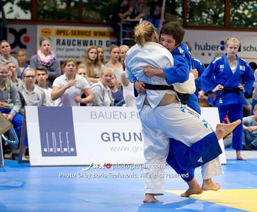 BuLi Frauen Großhadern Leipzig 2016 Laura Rio Medaille, Laura Vargas Koch, Marie-Susan Branser_BT_NIKON D4_20160917__D4B1064