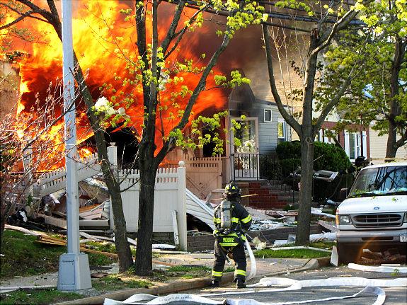 Explosion and 260th Street 80th Avenue, Photo by Jon Premosch.   Original Filename: IMG_1164.JPG