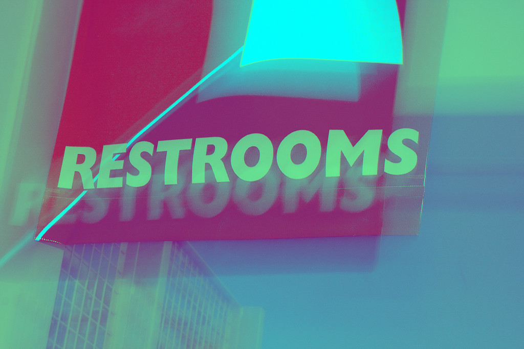 Restrooms, Lens Zoom<br /> Virginia Air and Space Museum