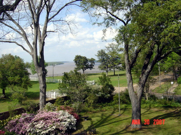 View of Mississippi River from front of Rosalie