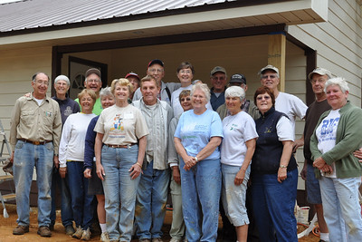 09 04-02 - First Fuller Center RV Builders team building home in Minden, LA. mc