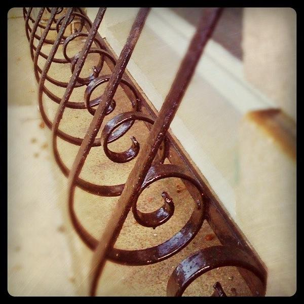 Swirls in a Row