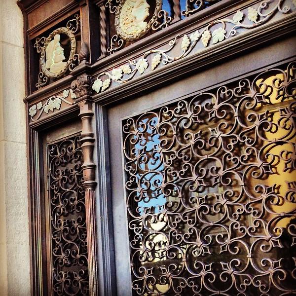 Doorway in Oakland