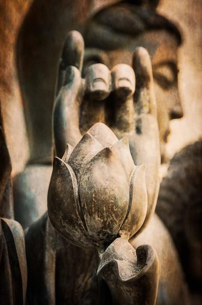 Buddha Statue, Quinn's Auction House, Falls Church, Virginia