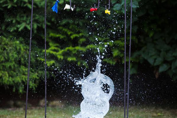 Water balloon pop