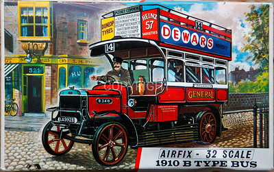 1910 London bus with 'Stalin' at the wheel !