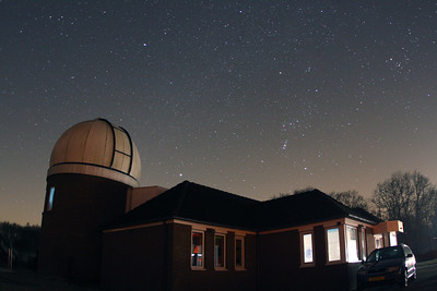 The night sky above the Cosmos Observatory in Lattrop