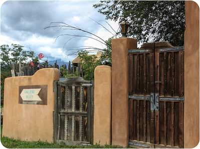 Taos Gallery Alley