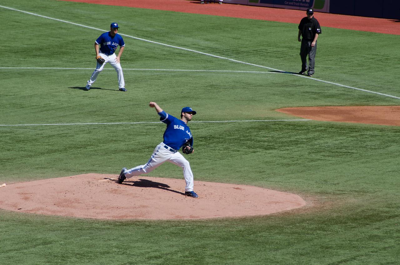 Brandon Morrow Pitching