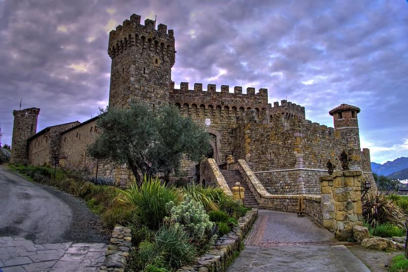 Castello di Amorosa, Calistoga