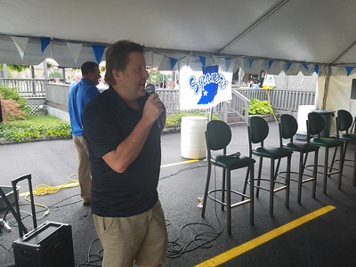 Sycamores On The Road Coaches Caravan