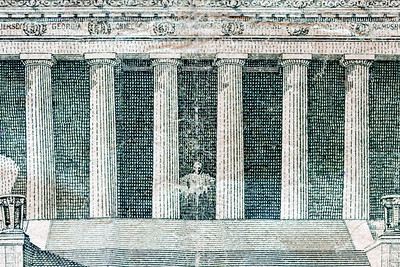 Detail of the Lincoln Memorial on the $5.00 bill