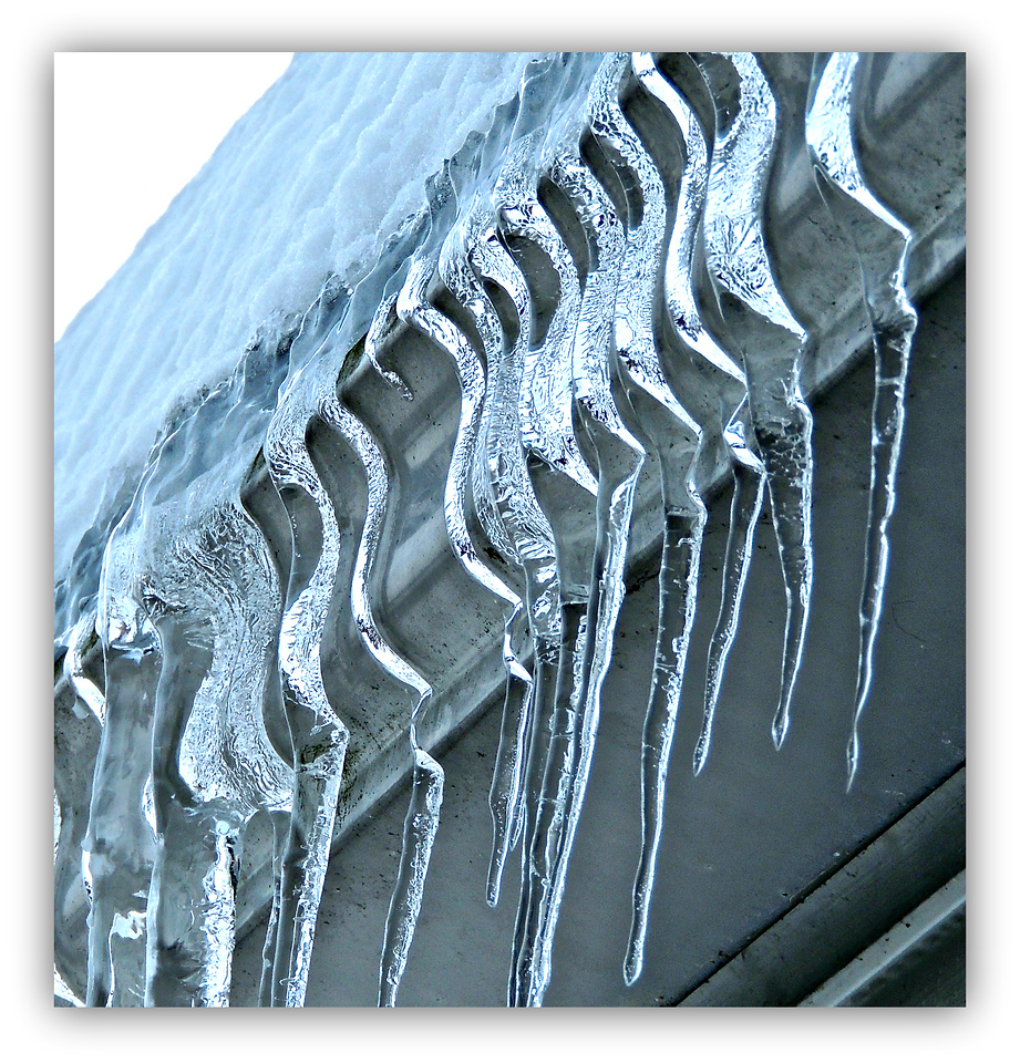 Curiously Wiggly Icicles