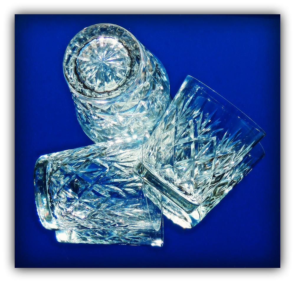 Glass(es)