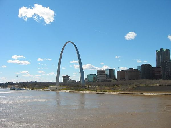 Gateway Arch and Eads Bridge