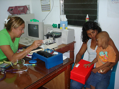 Dr. Pena gave Gerson a Smile box she had stached away and presented him with the money he needs for his treatment.