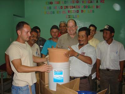 Assembling water filter