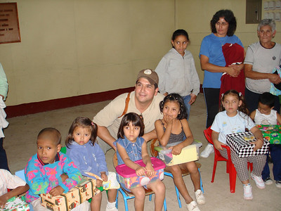 Martin with Apanas children and their boxes