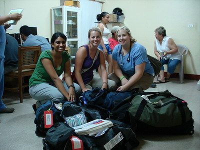 Arrived in Jinotega with all the supplies.  Boy am I glad that's over.  Those were heavy bags.