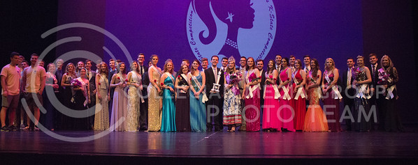 The contestants and everyone involved with the Miss K-State pageant all pose for picture at McCain auditorium on April 11th, 2017. (Kelly Pham | The Collegian)
