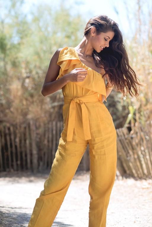 Aurore Kichenin  - book modele photo agence mannequin shooting plage Montpellier