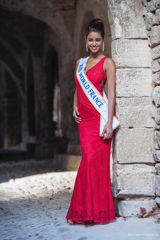 Aurore Kichenin Miss World France