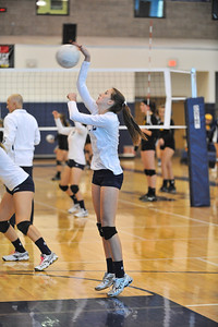 Mission Prep Women's Volleyball vs SLO High. September. 26, 2013. Photo by Ian Billings