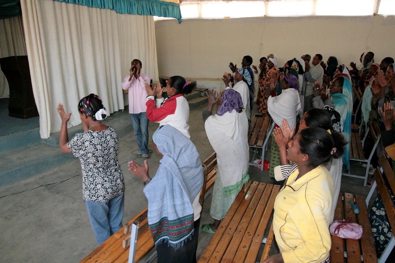 Worship at Mekanisa Addis Kidan Baptist Church (MAKBC).