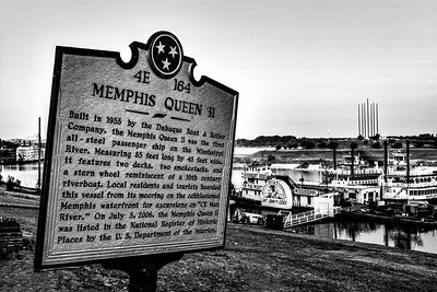 Memphis Queen Sign